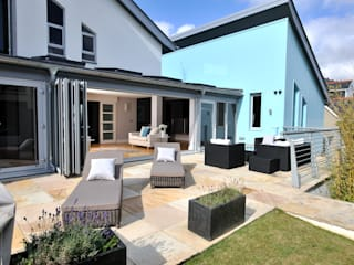 The Sea House, Porth, Cornwall:  Garden by The Bazeley Partnership