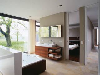 Bad: moderne Badezimmer von Markus Gentner Architekten