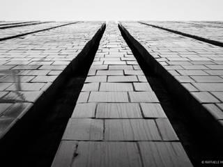 Architectural portfolio: Spazi commerciali in stile  di Raffaele Mariotti