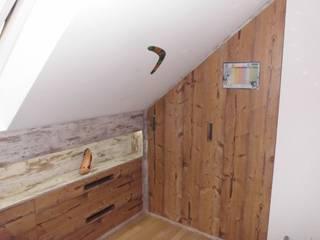 Einbauschränke Dachgeschoss von TS Innenausbau GmbH Schreinerei Landhaus