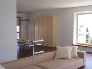 Appartamento C.G. - Castelfidardo AN Soggiorno minimalista di Studio di architettura arch. Alberto Catraro Minimalista