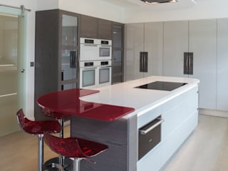 Infinity Cloud High Gloss with Black & White Zebrano:  Kitchen by Stoneham Kitchens
