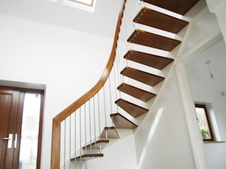 Floating Staircase Ringwood por Complete Stair Systems Ltd Moderno