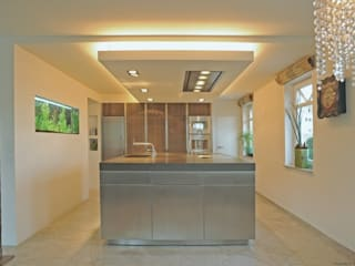 Block geschlossen:  Küche von Architekturstudio-Fischer