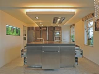 Block geöffnet:  Küche von Architekturstudio-Fischer