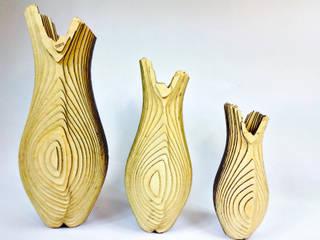 Vase SOUFRIÈRE par LOLIA DESIGN Moderne