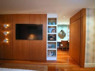 Residência Jardim Marajoara: Quartos  por MeyerCortez arquitetura & design,Moderno