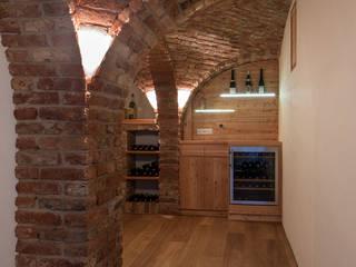 Modern wine cellar by Jahn Gewölbebau GmbH Modern