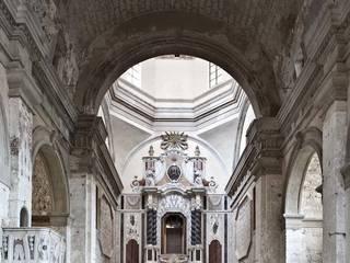 la navata centrale:  in stile  di architetto marcello carzedda studio