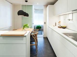 Dapur oleh DyD Interiorismo - Chelo Alcañíz