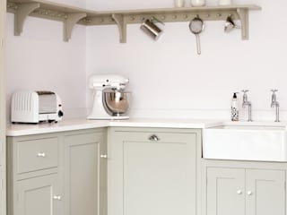 The Silverdale Shaker Kitchen by deVOL deVOL Kitchens Modern kitchen