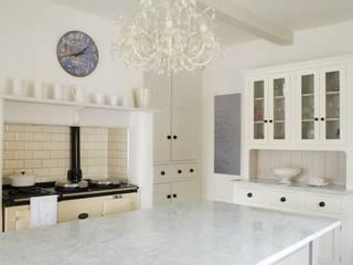 The Foxton Classic English Kitchen by deVOL deVOL Kitchens Country style kitchen
