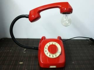 teleLAMPAfon - EmErgEncy 77' od RefreszDizajn Industrialny