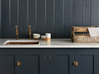 The Cotes Mill Utility Room by deVOL Rustic style kitchen by deVOL Kitchens Rustic