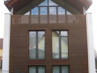 Nordansicht: moderne Häuser von ETB BAUPROJEKT Jena GmbH