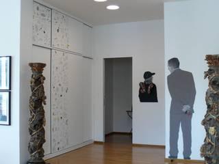 Attico su due livelli nel centro di Bologna:  in stile  di Studio Rizzati