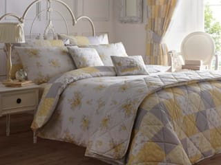 Design Patsy Lemon & Grey: classic Bedroom by Century Mills