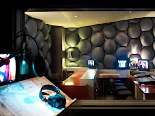 vista dalla cabina di registrazione:  in stile  di Studio Dopo
