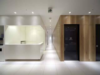 Maruoka Masanori Gastro-Intestinal Clinic: Cong Design Office, Co.,Ltd.( コングデザインオフィス)が手掛けた病院です。