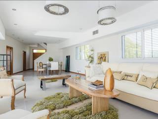 La Casa G: La Casa Sustentable en Argentina. Livings modernos: Ideas, imágenes y decoración de La Casa G: La Casa Sustentable en Argentina Moderno
