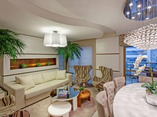 Designer de Interiores e Paisagista Iara Kílaris ห้องนั่งเล่น