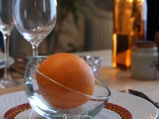 Héritage moderne: Salle à manger de style  par La Valise Rouge