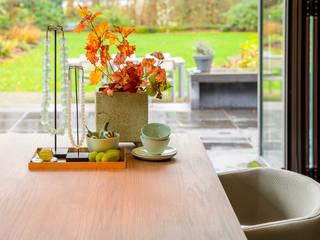 Styling Woonkamer Baden Baden Interior : moderne Woonkamer door Baden Baden Interior