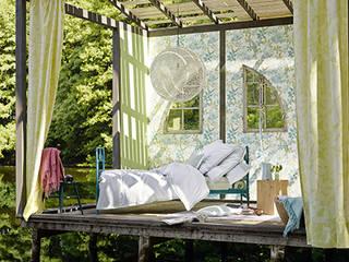 Disbar Papeles Pintados Mediterranean style bedroom
