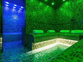 bagno turco: Hotel in stile  di Luigi Gentili e Valeria Pierpaoli