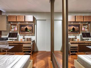 APARTAMENTO FUNCIONÁRIOS III: Quartos  por Gislene Lopes Arquitetura e Design de Interiores