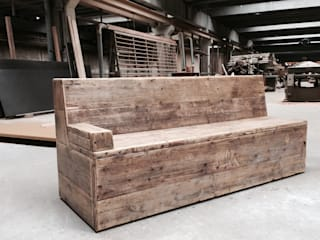 Vintage Holzbank:   von Concept Beton