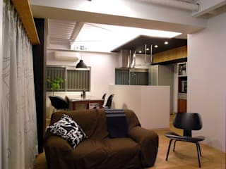 Eclectic style dining room by 4建築設計事務所 Eclectic