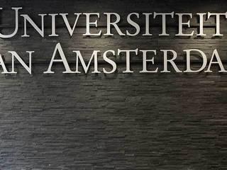 Universiteit van Amsterdam:  Scholen door Xcel Stones, Modern
