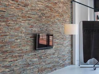 Wand in welkomsthal:  Kantoor- & winkelruimten door Xcel Stones, Modern