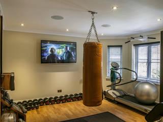 Hata Smart Home Modern Gym by Finite Solutions Modern