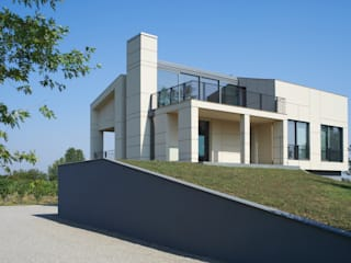 Modern houses by NAT OFFICE - christian gasparini architect Modern