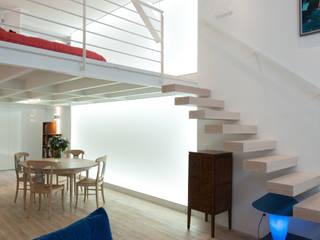 Fables de murs Soggiorno minimalista