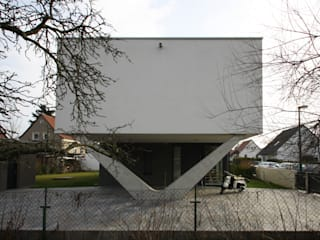 R1-Haus , Leipzig Minimalistische Häuser von Architekturbüro Reinshaus Minimalistisch