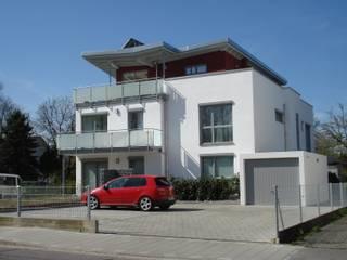 Wohnanlagen Moderne Häuser von Architekturbüro Rudolf Fürstner Modern