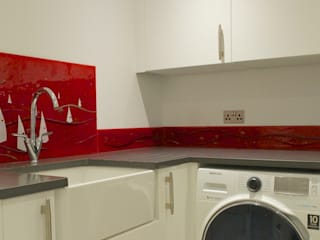 Sandbanks Utility Room Splashback:   by The House of Ugly Fish