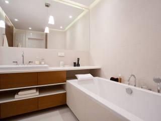 Bathroom by ARCHISSIMA, Modern