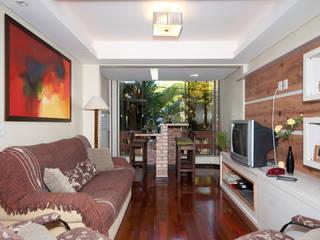 Projeto Apartamento de Casal: Salas de estar  por Malu Soeiro Reforma, Arte e Design