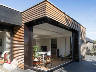 MAISON M: Maisons de style de style Moderne par Vulacon-Gibello Architectes