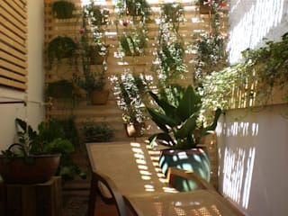 Giardino d'inverno moderno di Estudio Amélia Tarozzo Moderno