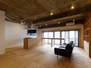 吉田裕一建築設計事務所 Salones de estilo minimalista Contrachapado Acabado en madera