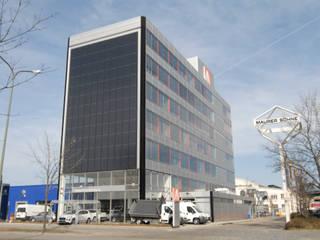 Fassadensanierung MaurerSöhne München Moderne Bürogebäude von WRBI Modern