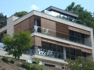 Erweiterung und energetische Sanierung einer 60er Jahre Villa in Hamburg:  Häuser von Susan Rüschoff Architekten Architektur&Interior Design