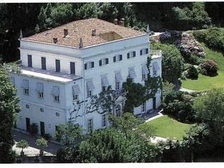 Villa Belvedere - Blevio Como Lake Archiluc's - Studio di Architettura Stefano Lucini Architetto Casas de estilo clásico