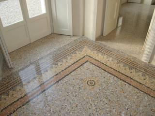 Villa Belvedere - Blevio Lago di Como Pareti & Pavimenti in stile classico di Archiluc's - Studio di Architettura Stefano Lucini Architetto Classico