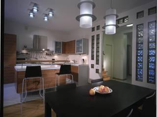 Minimalist kitchen by KRAUKLIT VALERII Minimalist